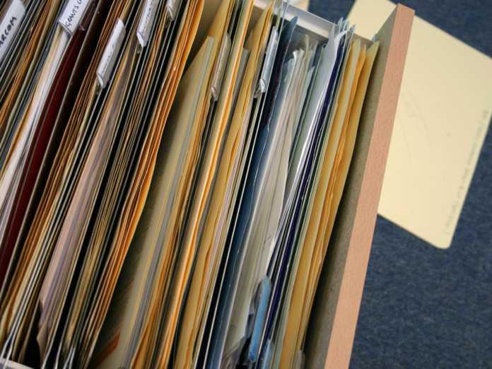 Δημόσιο: «Σαφάρι» στα πιστοποιητικά όλων των υπαλλήλων