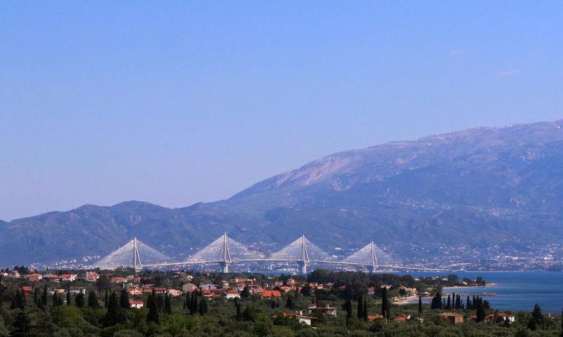 Πρωτοβουλία για ελεύθερη διέλευση των ΑμεΑ από τη Γέφυρα Ρίου-Αντιρρίου