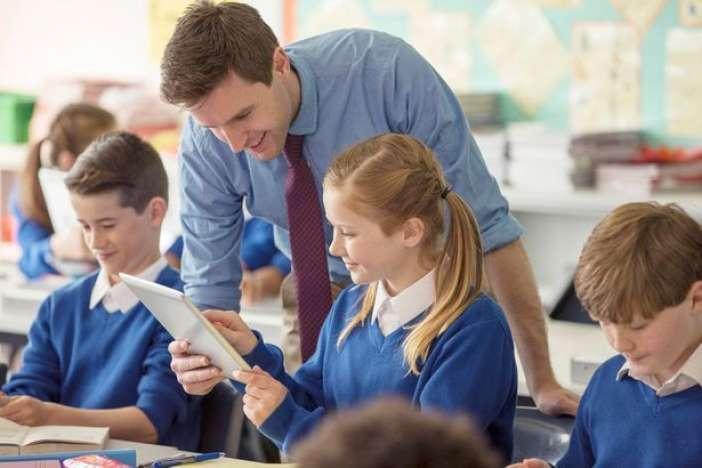 Γιατί το υπουργείο Παιδείας αντιμετωπίζει με αυτό τον τρόπο τους εκπαιδευτικούς ΑμεΑ;