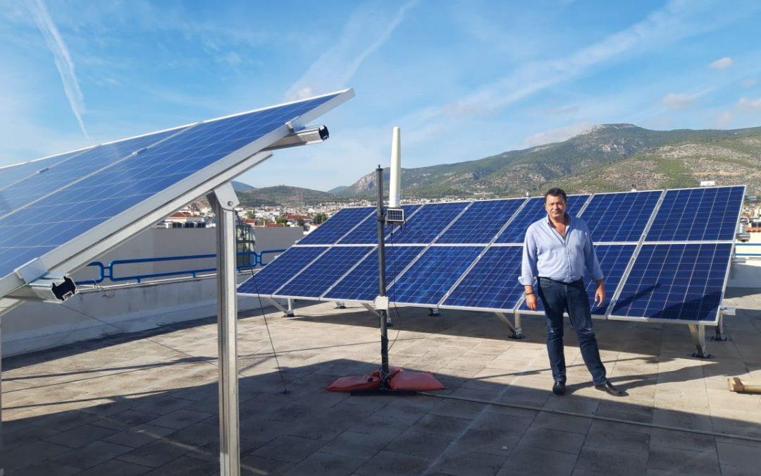 Τα πρώτα φωτοβολταϊκά σε σχολεία και δημοτικά κτίρια τοποθέτησε ο Δήμος Φυλής